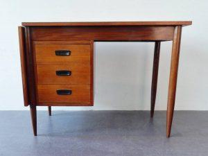 extendable desk 01