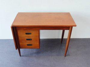 extendable desk 02