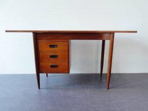 extendable desk 03