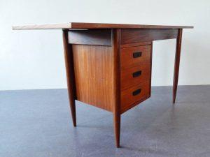 extendable desk 05