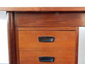 extendable desk 06