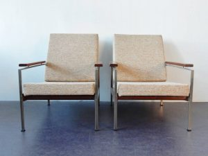 R parry chairs 01