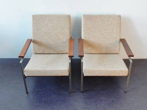 R parry chairs 02